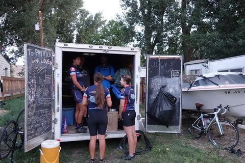 Van's trailer with trailer crew.